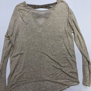 Tops - Long sleeve high low top